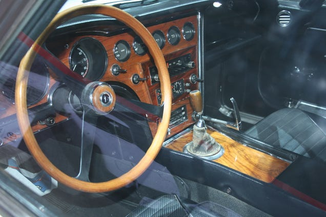 This 1967 Toyota 2000GT Is The Coolest Car At The LA Auto Show