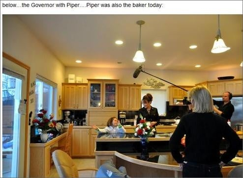 Greta Van Susteren Exposes Palin Family Kitchen Activities!