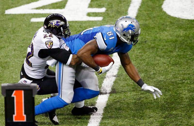 Has Calvin Johnson Played With A Partially Torn PCL Since October?