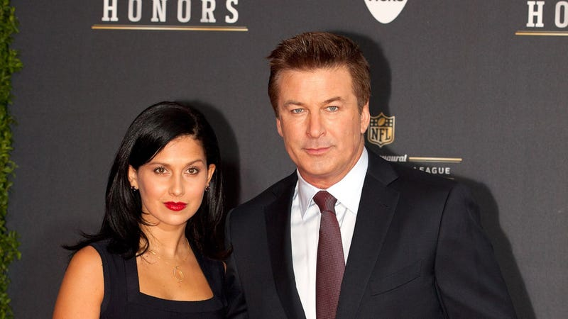 Alec Baldwin Mobilizes His Twitter Followers to Attack His Girlfriend's Harasser