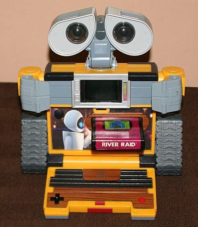 WALL-E Becomes The World's Cutest Atari 2600