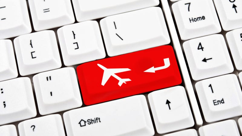 How to Book Travel Online for Less