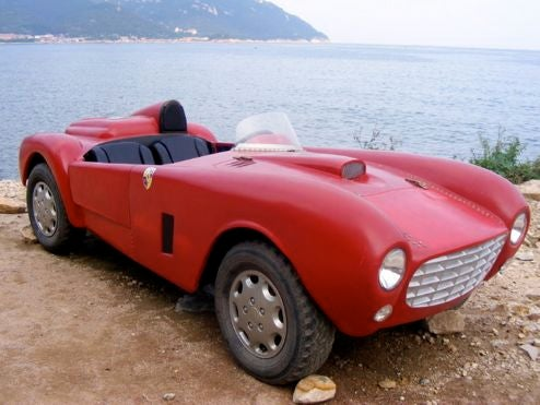 Fake Ferrari Wears Porsche Badges On China's Coast