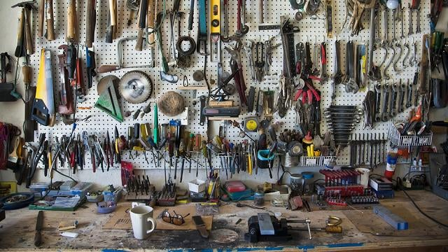 Ten Essential Tools For A Well-Equipped Garage