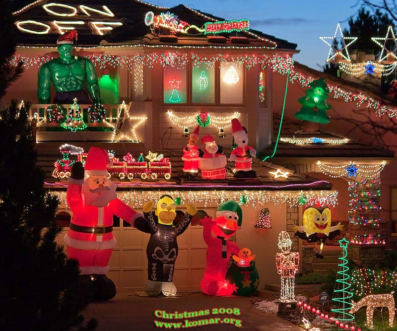 20,000-Light Remote-Controlled Crazy Xmas Lights Now Online