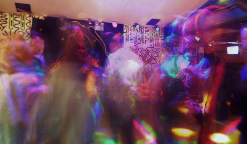 Shooting Challenge: Long Party Exposures
