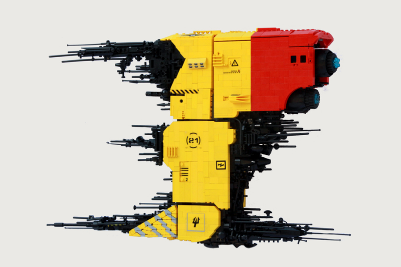 A Lego Spaceship That Proves Size Isn't Everything