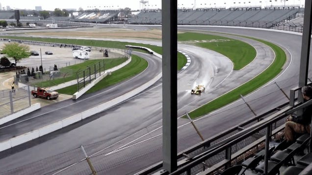 Here's An IndyCar Crashing Because It Came In Contact With A Puddle