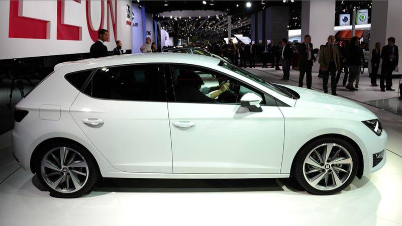 The Seat Leon Is The Better Looking 2014 Volkswagen Golf