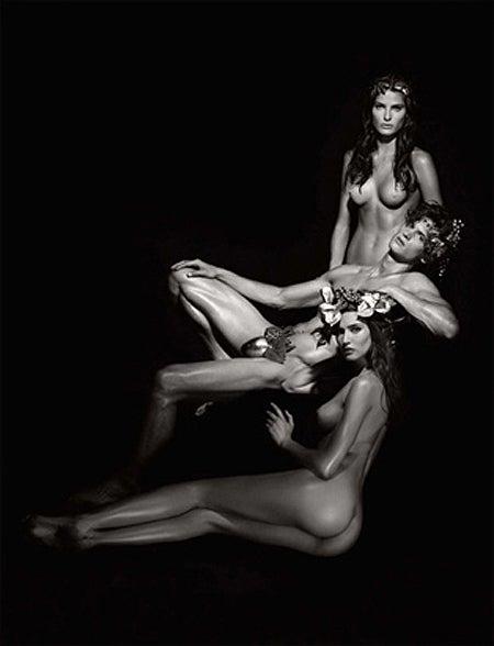 2011 Pirelli Calendar: Karl Lagerfeld (NSFW)