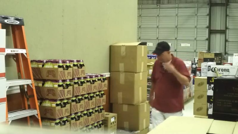 This Employee Scaring the Crap Out of His Boss Will Get You Too
