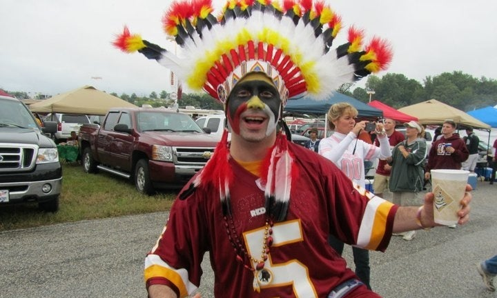 "ESPN Headline: ""Poll: Majority OK with 'Redskins'"""