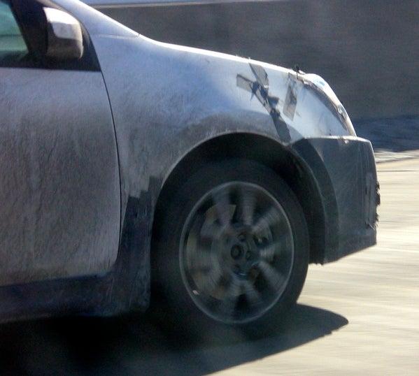 Spy Photos: 2008 Nissan Sentra SE-R?