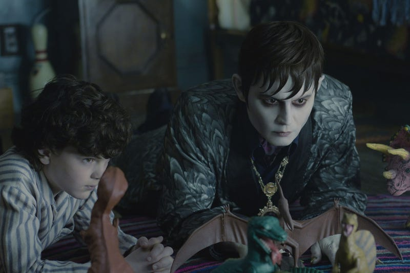 28 stills from Dark Shadows prove Tim Burton has not yet tired of pancake makeup