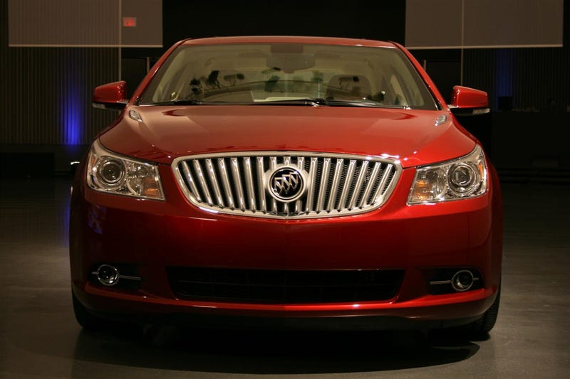 2010 Buick LaCrosse: Blue Hair No More!