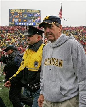 Michigan Bids Adieu To Lloyd Carr