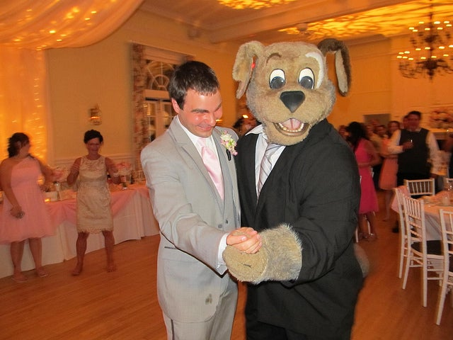 NBA Mascot Attends Wedding, Is Life Of The Party