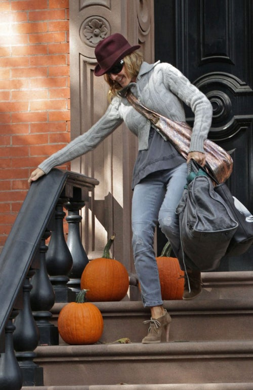 Sarah Jessica Parker Is Careful Not To Squash Her Pumpkins