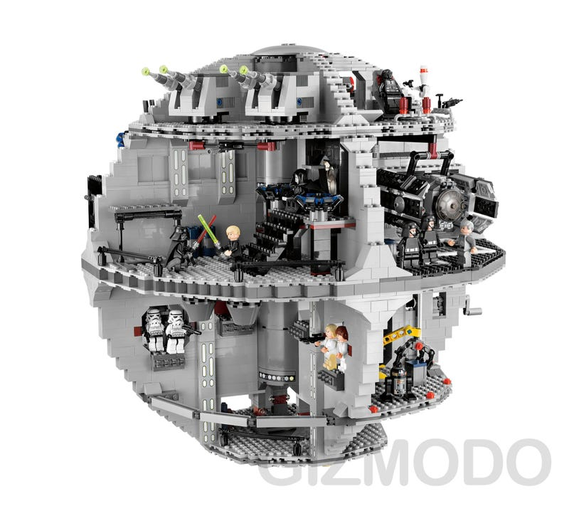 Timelapse Video: Building the Lego Death Star Diorama
