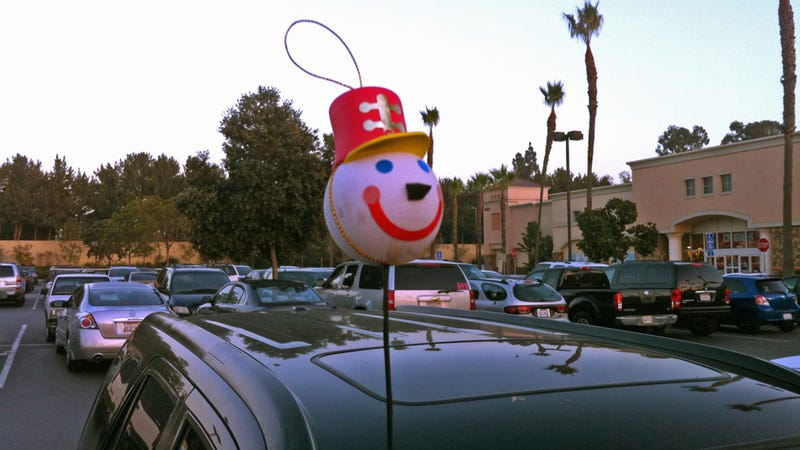 When Festiveness Goes Too Far: A Guide To Tastelessly Terrible Christmas Car Decorations