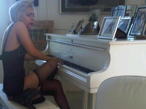 Gaga Plays John Lennon's Famous White Piano