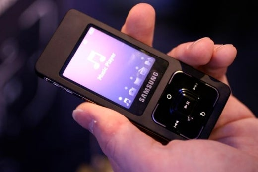 Phone Grope and Gallery: Samsung Ultra Music SGH-F300