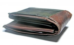 Trim the fat from your overstuffed wallet