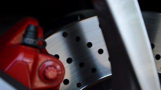 The Coolest Details of the 2014 Porsche Cayman S