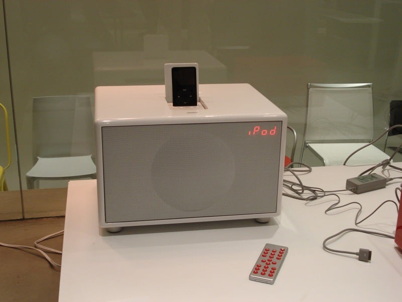 Experiencing Geneva's Rich-Sounding Model M iPod System, Plus Its Big Brothers L and XL