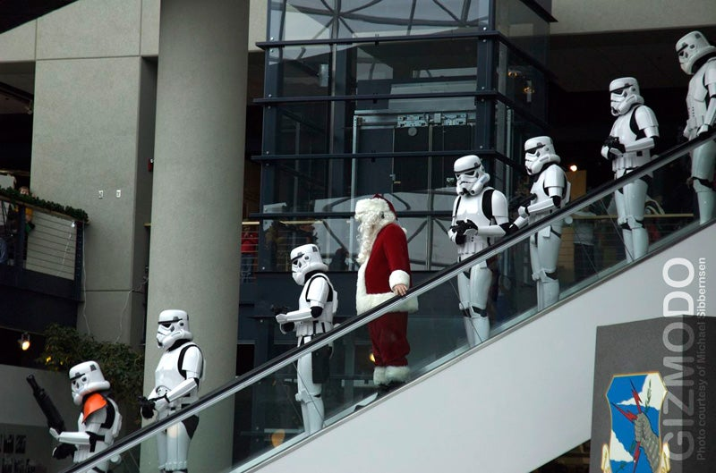 Imperial Stormtroopers Arrest Santa, Emperor to Take Over Xmas