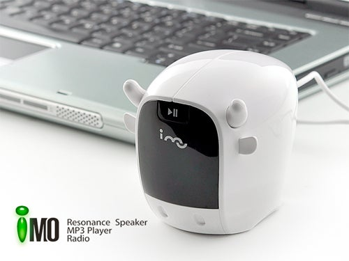 Dinky, Cheap MP3 Player Turns Any Surface Into a Speaker