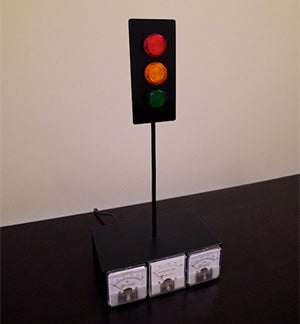 This Guy Built Traffic Lights to Tell Him When His Pals Were on Xbox Live