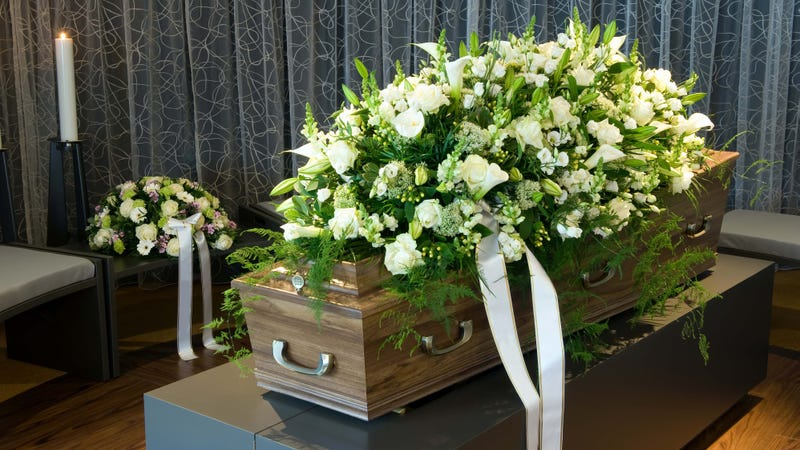 Woman Shows Up Alive 13 Days After Her Funeral
