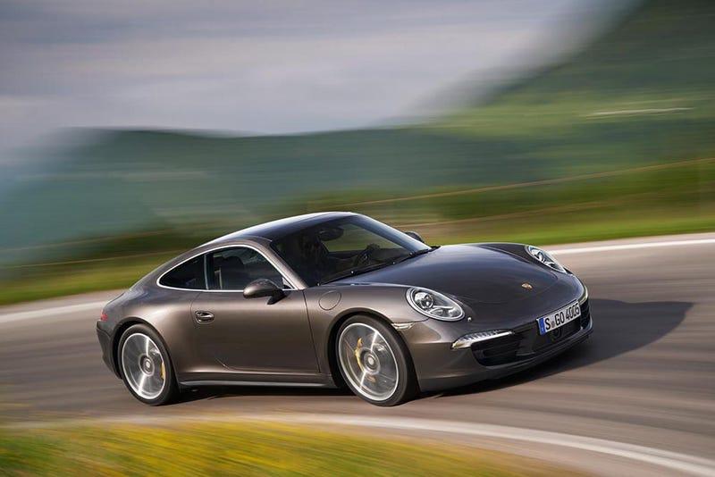 Meet the 2015 Porsche 911 Hybrid