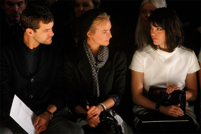 Selma & Josh Flirt Silently In Front Row