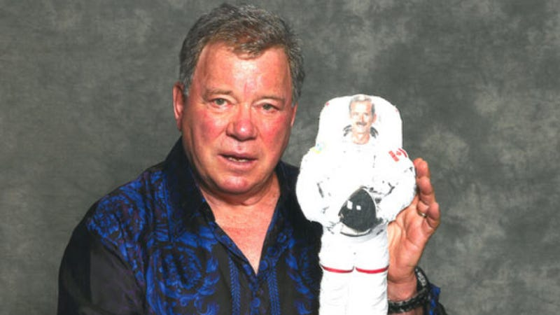 William Shatner to phone astronaut Chris Hadfield at 10:40 ET — watch it live on io9!