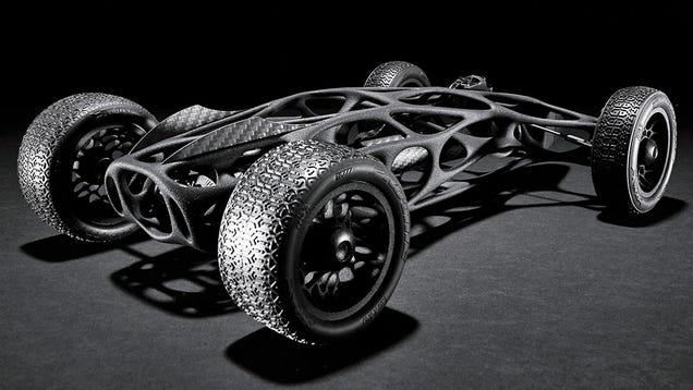 A 16-Foot Elastic Band Powers This Sleek 3D-Printed RC Car