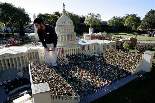 "4"" Obama To Be Sworn In As President Of Legoland"