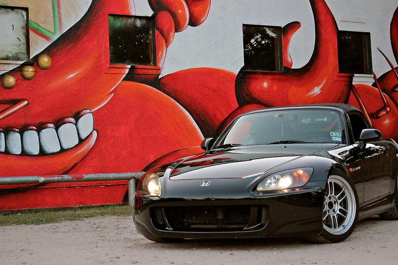 Someone Is Stealing All Of Houston's Honda S2000s