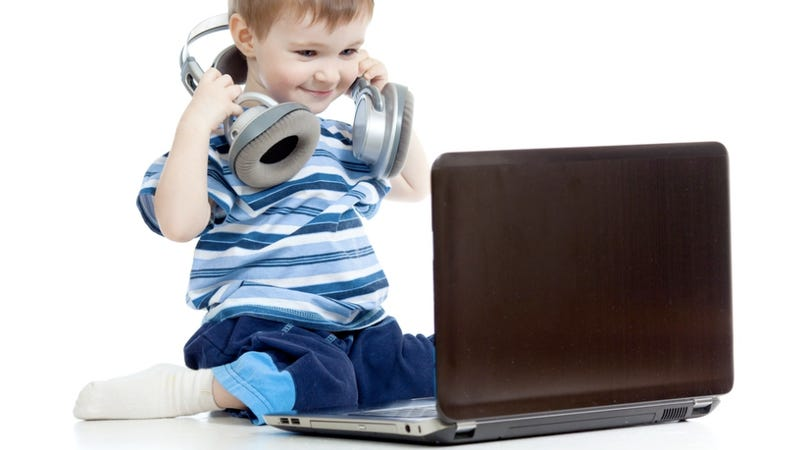 No, Little Kids Definitely Do Not Need Their Own Facebook Accounts