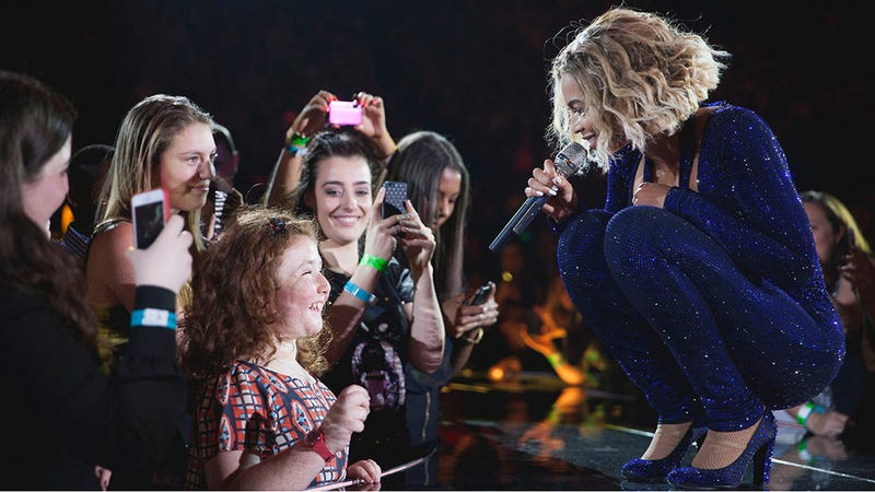 Your Morning Weep: Watch Saint Beyoncé Sing a Duet With a Blind Girl