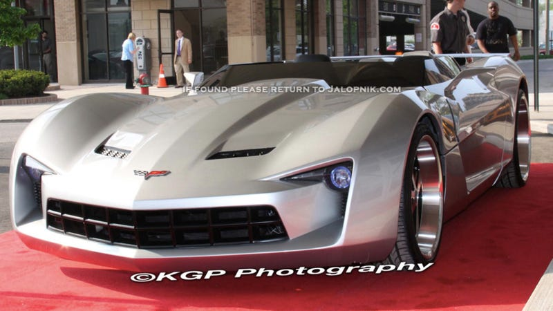 "Transformers ""Dark of the Moon"" Sideswipe, Bumblebee: First Look"