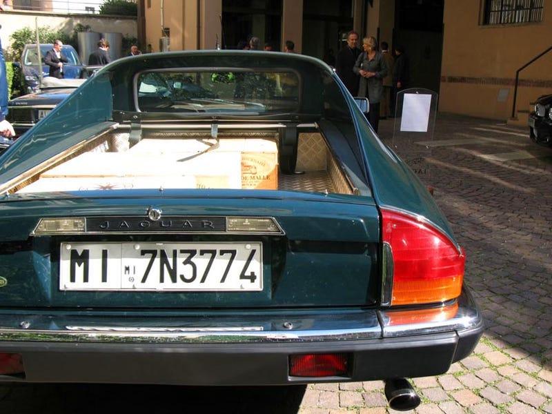 Jaguar XJSChero, Perfect For Your Italian Wine Toting Needs