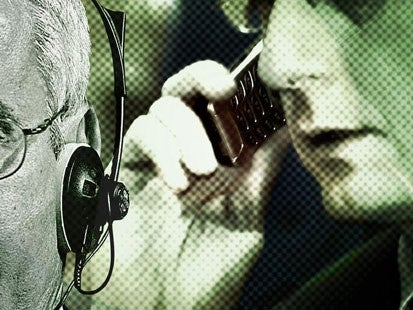 Whistleblower Says the Feds Are Spying on Your (Verizon) Mobile Phone Too