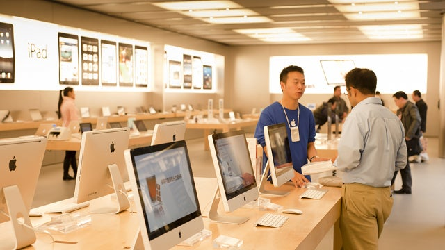 Report: Self-Checkout Coming to an Apple Store Near You