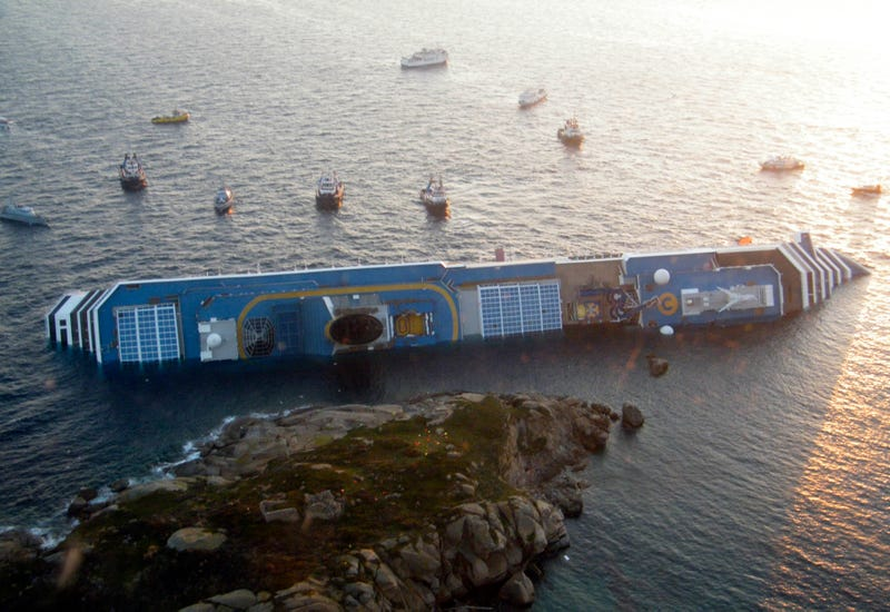 Incredible Hi-Res Costa Concordia Photos Reveal Captain's Insanity