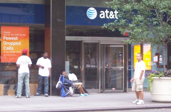 Free AT&T iPhone Wi-Fi Is Officially Back