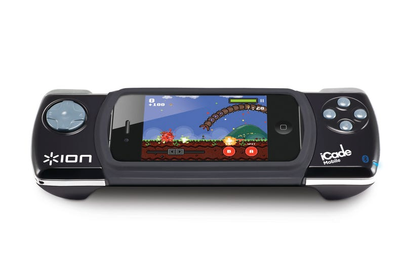 iCade Houses Your iPhone in the D-pad Dock of Your Dreams