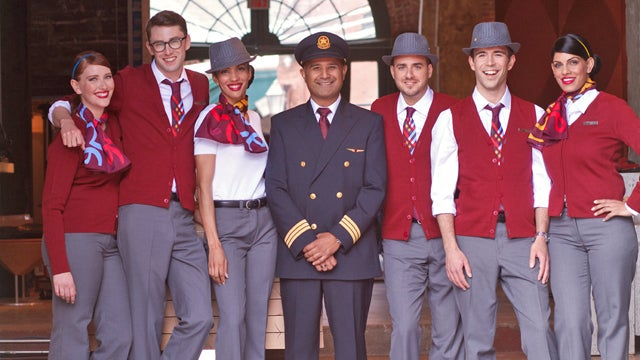 Rob Lowe Gets Bored On Flight, Makes Fun Of Crew Uniforms