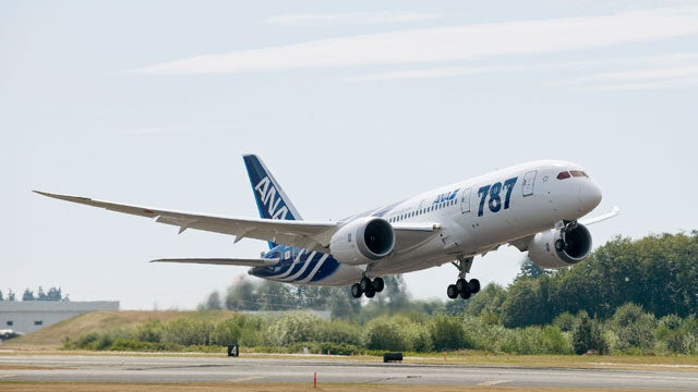 This Is the First Boeing Dreamliner to Enter Service